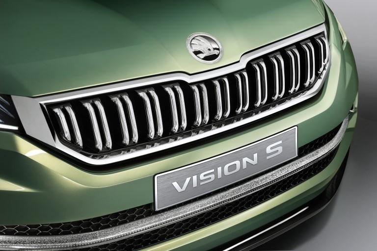ŠKODA exhibits the VisionS show car in Geneva