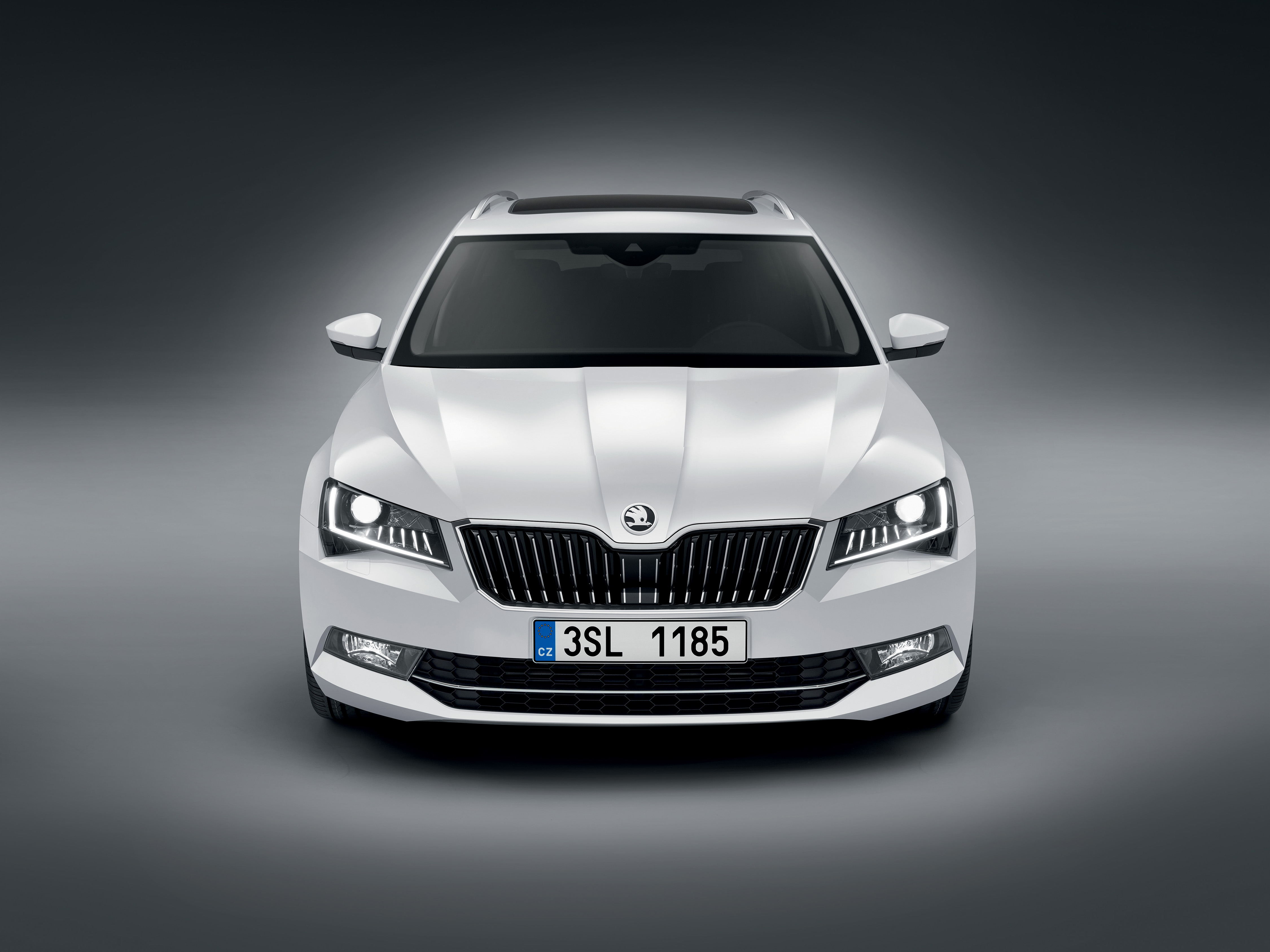 Skoda Superb Combi Wins The Red Dot Award For Exceptional