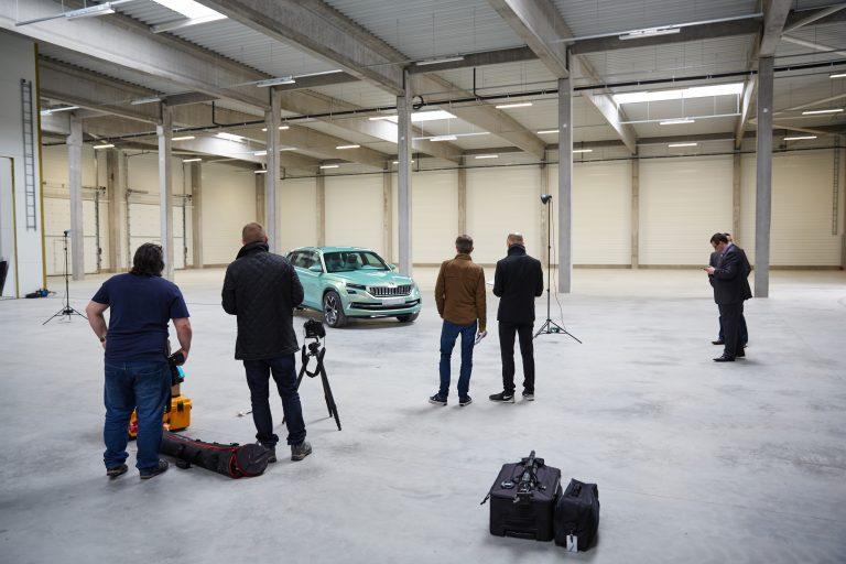 VisionS byla představena na autosalonu v Ženevě vbřeznu 2016. Jedinečná designová studie se vrátila do České republiky, než byla převezena do čínského Pekingu.