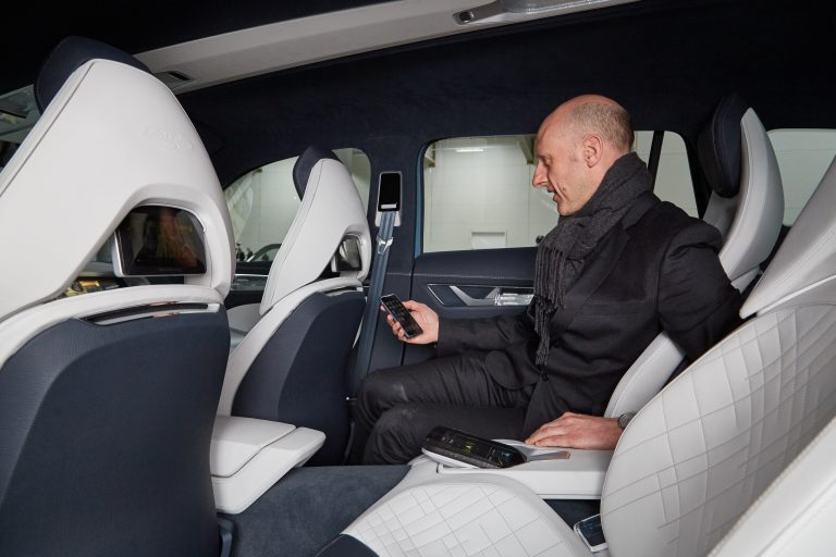 Every seat has its own wireless smartphone docking station, which syncs with the screen in the seat in front. This allows each passenger to enjoy their own personal media experience.