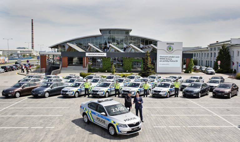 ŠKODA předala Policii ČR 85 vozů Octavia třetí generace