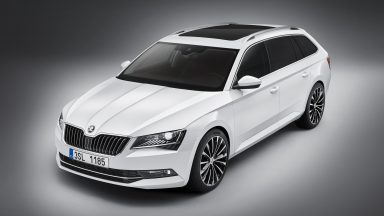 The new ŠKODA Superb Combi: Spacious giant with top-of-the-range technology – interplay of functionality and emotion