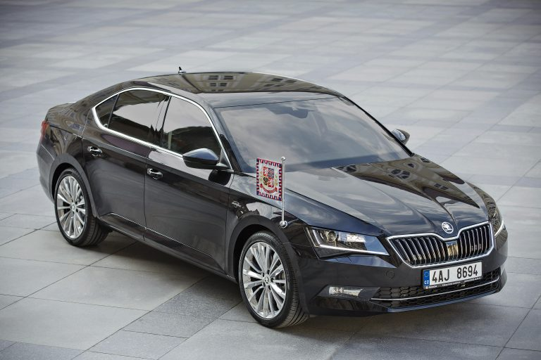 150605 SKODA Superb for Czech President 005
