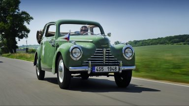 Iconic cars at an iconic rally: six ŠKODAs take their places at the Sachsen Classic 2015
