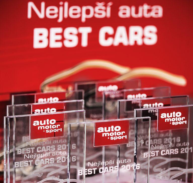 Vozy ŠKODA ovládly anketu Best Cars 2016
