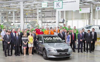 Jubilee: 100,000 third-generations ŠKODA Superbs produced