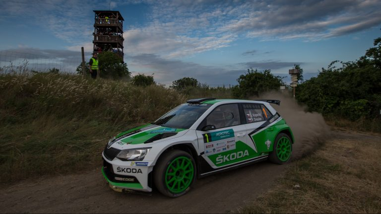 Third Win: Jan Kopecký Victorious after Pursuit in the ŠKODA FABIA R5