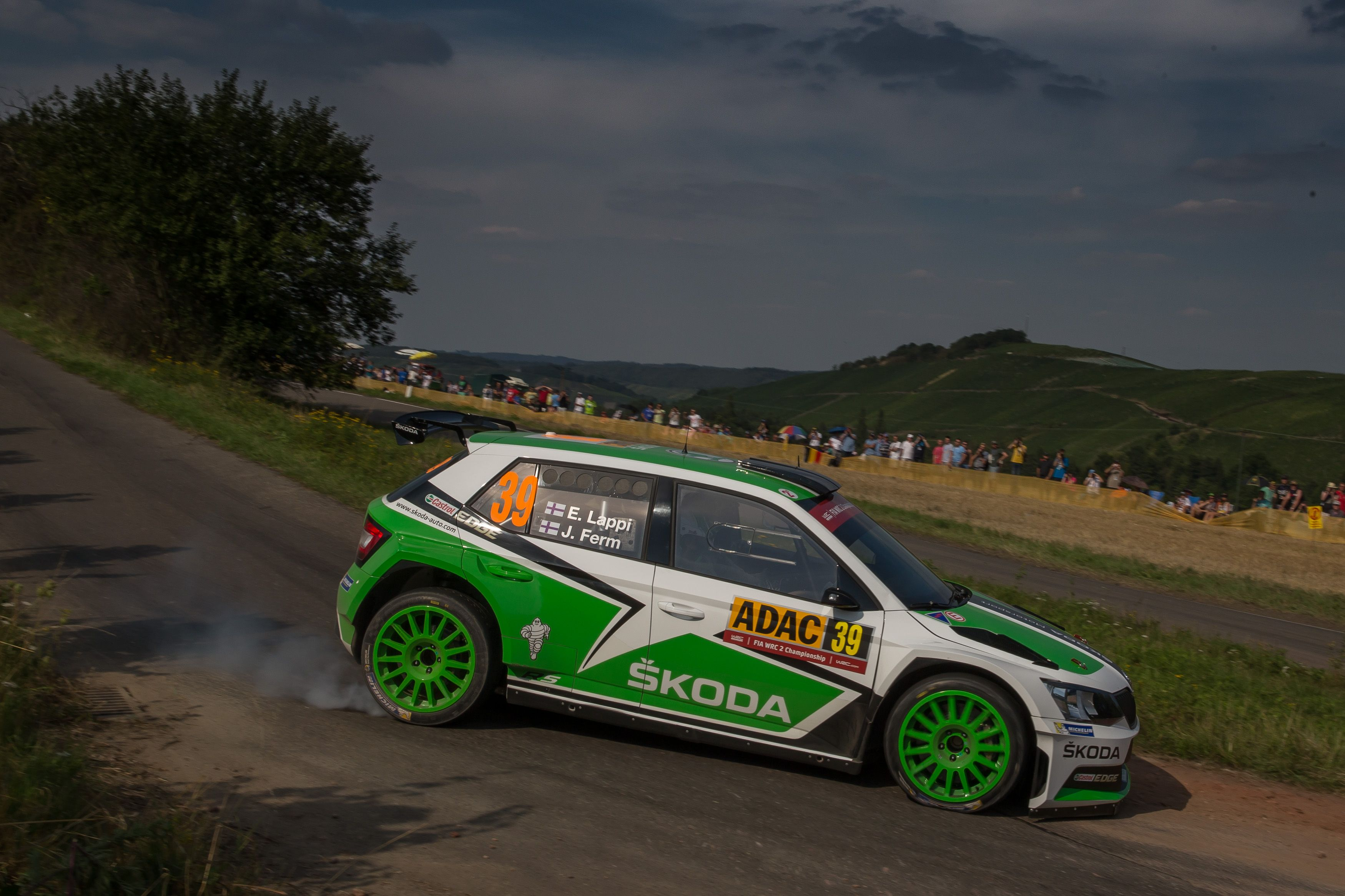 kopeck clinches hat trick of wins for the koda fabia r5 in the wrc 2 koda storyboard. Black Bedroom Furniture Sets. Home Design Ideas