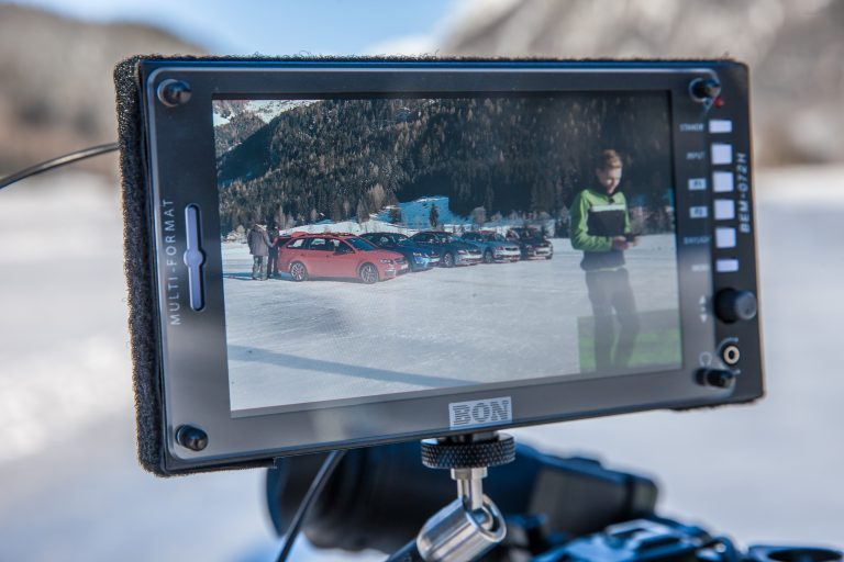 And... action! The video team follows the ŠKODA 4x4 shoot with Pontus Tidemand on the monitor.