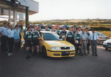 Promoting young footballers: In 2000 Autohaus Liebe becomes the main sponsor of the VFB 1906 Sangerhausen football club. (Photo: private archive)