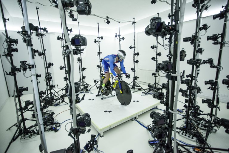 160811 Aerodynamic finesse - ŠKODA supports Olympic track cyclist (1)