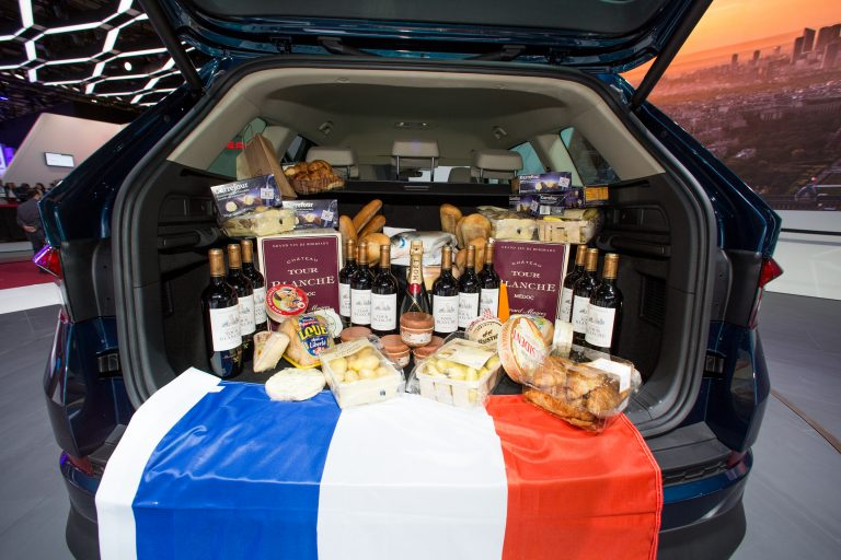 French cuisine is world famous. Among the most popular goods are wine, champagne, baguette, croissants and cheese, of course.