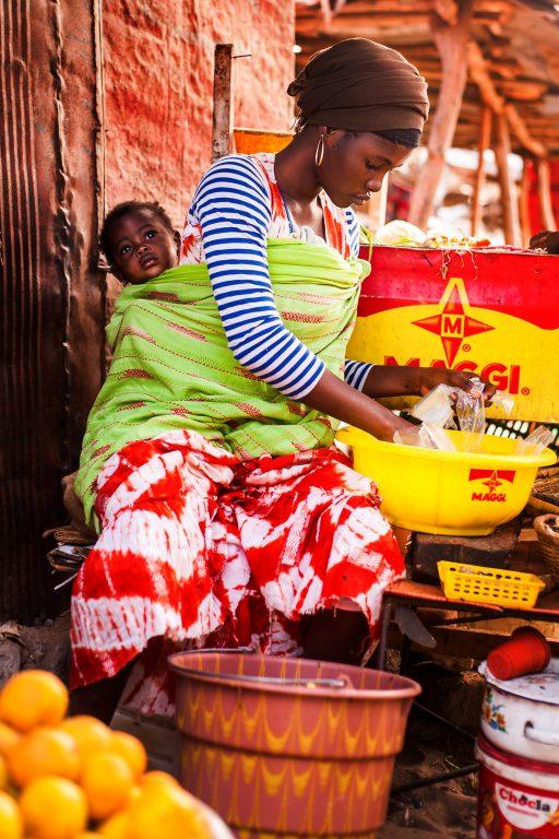 SENEGAL – Senegalské matky