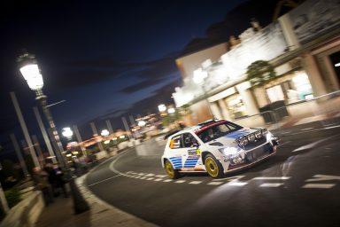 Mikkelsen dominuje s vozem ŠKODA Fabia R5 na úvod ledové Rally Monte Carlo