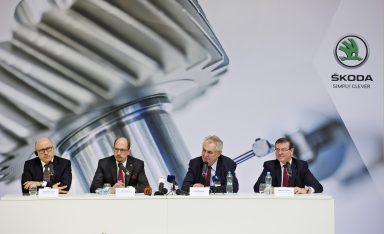 Prezident republiky Miloš Zeman navštívil závod společnosti ŠKODA AUTO ve Vrchlabí