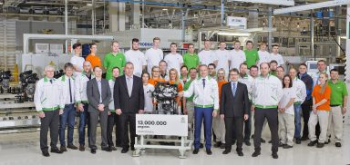 ŠKODA celebrates 13 millionth engine from Mladá Boleslav and launches production of new 1.0 TSI