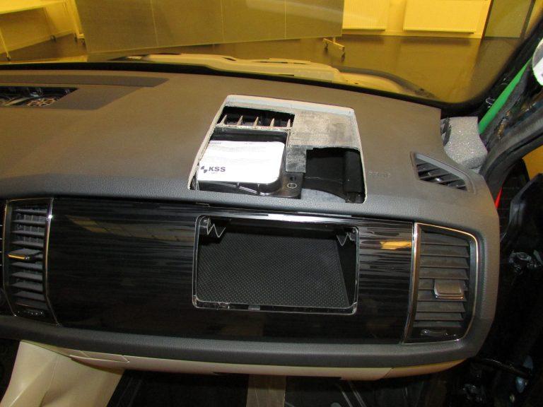 Airbag spolujezdce; přístrojová deska