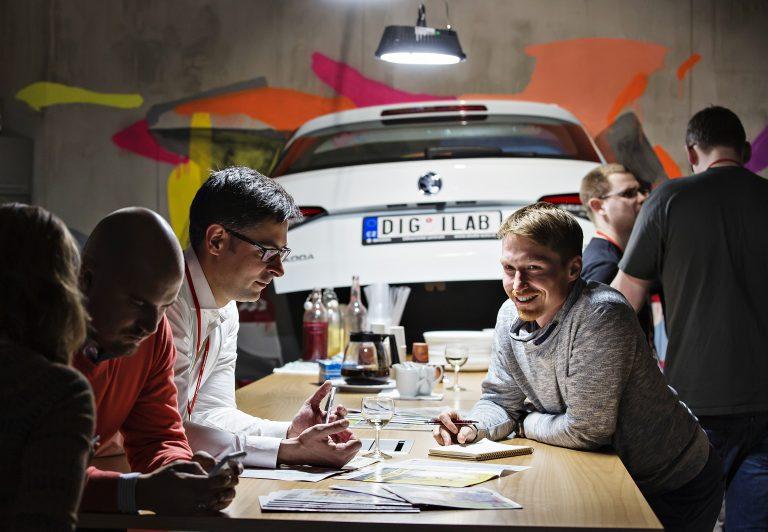 ŠKODA offers prospects of cooperation to 'International Smart Mobility Hackathon' winning teams