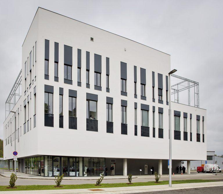 ŠKODA AUTO rozšiřuje své vývojové kompetence a otevírá nejmodernější válcovou laboratoř ve střední Evropě