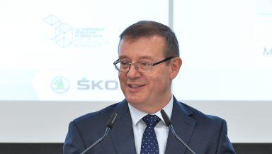 ŠKODA AUTO se prostřednictvím kolokvia zasazuje o zavedení duálního studia v České republice