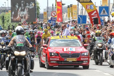 ŠKODA supports Tour de France for 14th time