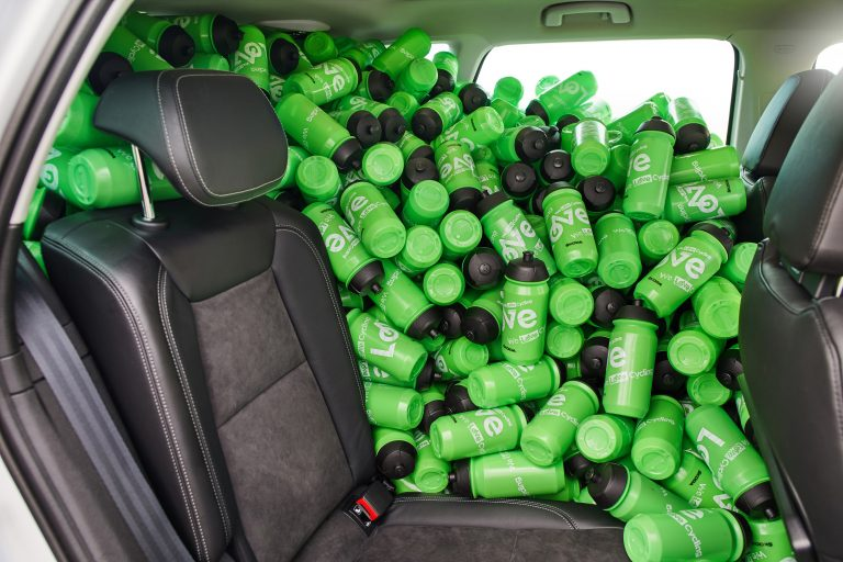 ŠKODA KAROQ with VarioFlex rear seats has space for up to 1,000 bottles
