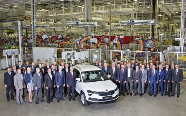 ŠKODA AUTO begins series production of new compact SUV KAROQ at Kvasiny plant