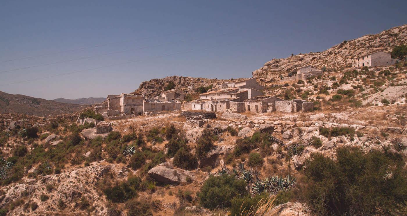 Pueblo-abandonado-Marchalico_RET