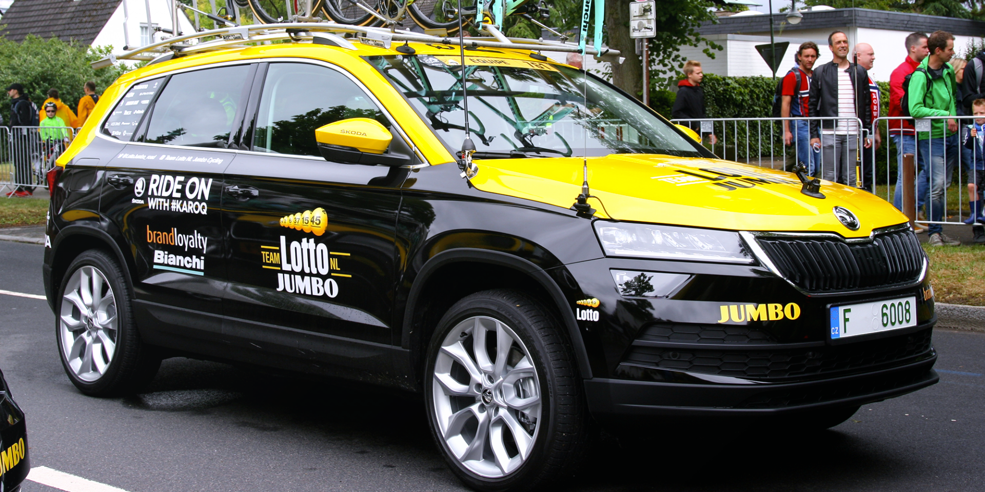 ŠKODA KAROQ na Tour de France