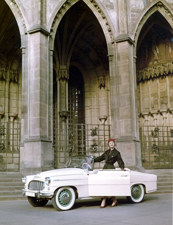 ŠKODA 450: 60 years since the first appearance of the FELICIA roadster