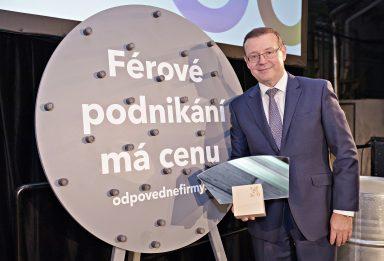 ŠKODA AUTO: Bohdan Wojnar převzal cenu 'TOP Odpovědný Leader 2017'