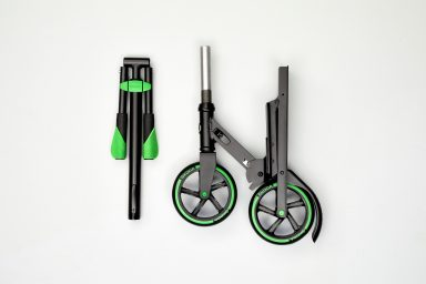 ŠKODA AUTO presents a new scooter concept at the Geneva Motor Show 2018