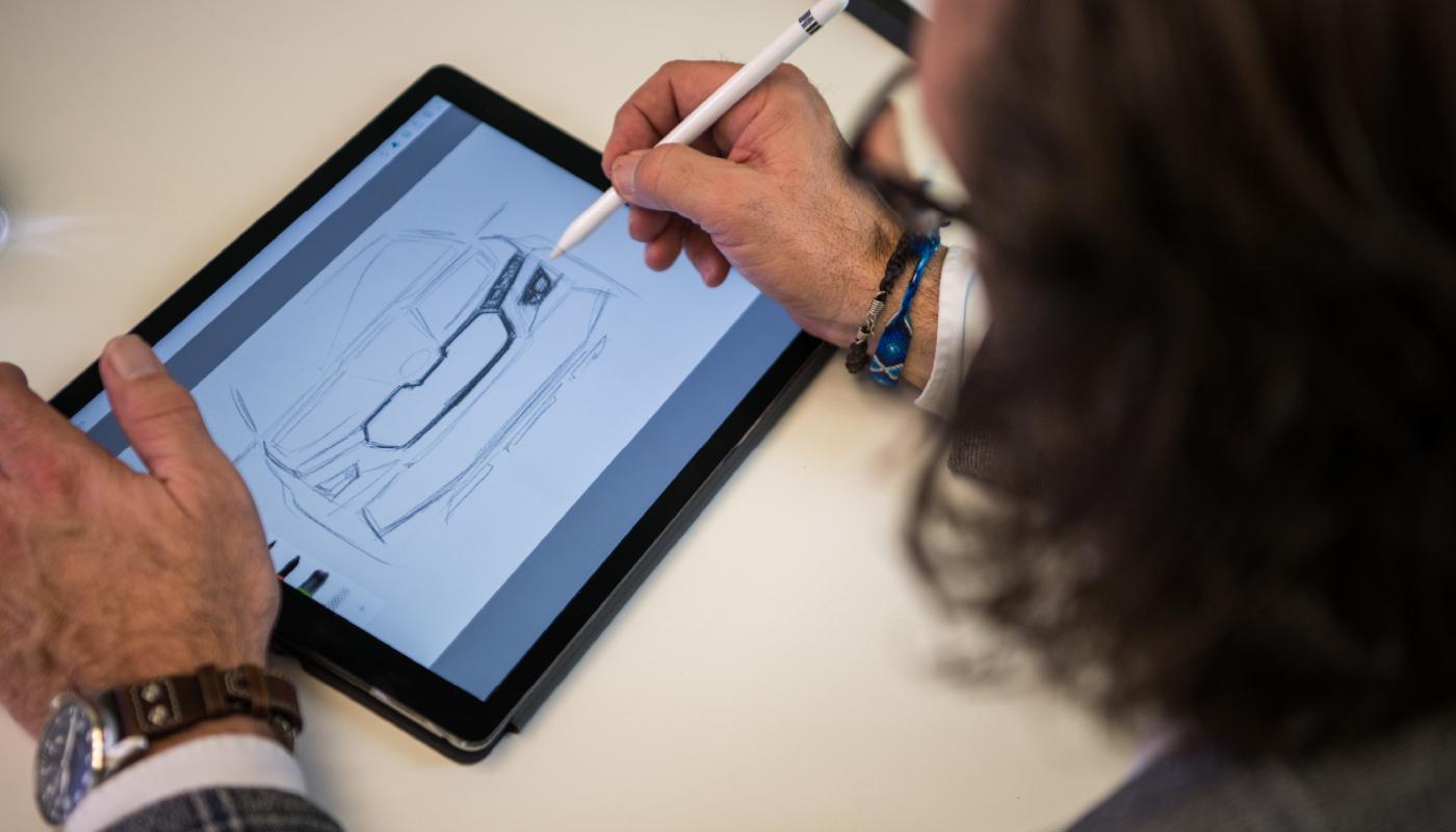 O.Stefani-tablet-sketch-car-front