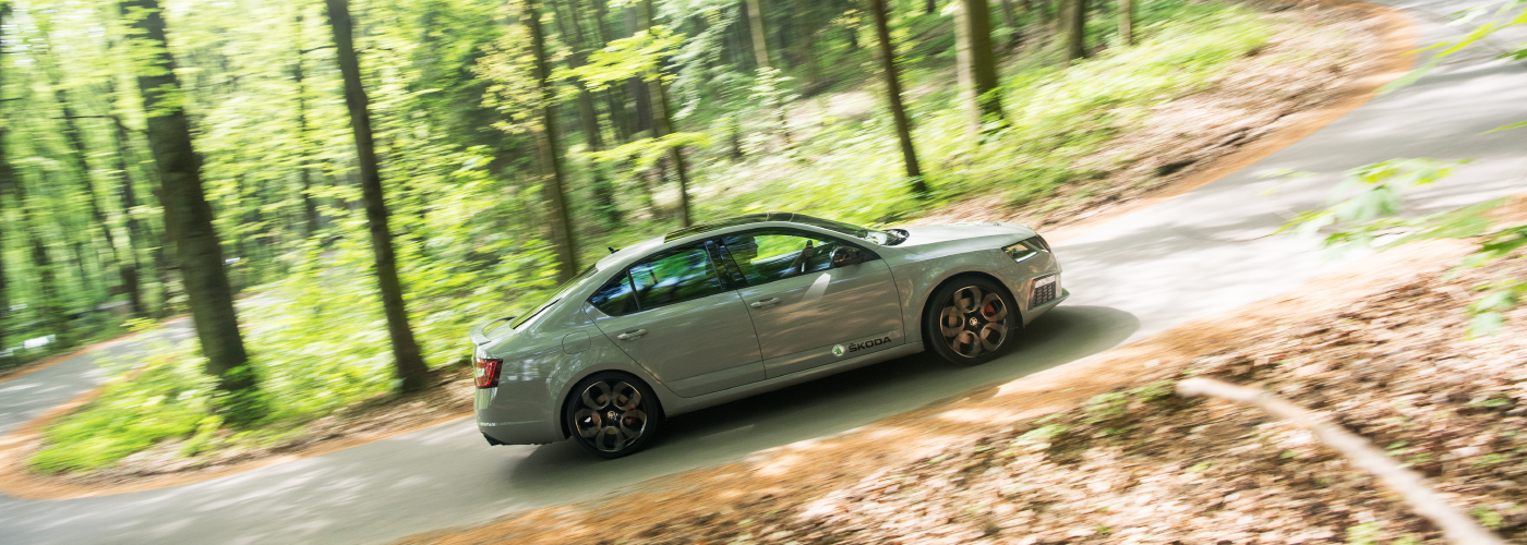 Kopecky-octavia-rs-forest-drive