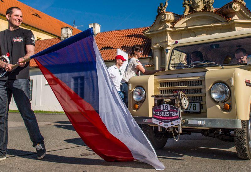 Trekka-with-czech-flag