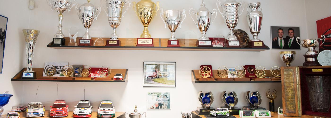 trophy-wall