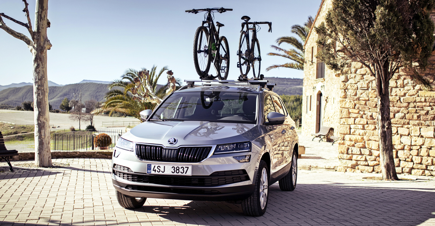 Kodiaq-with-bikes-on-the-roof-big
