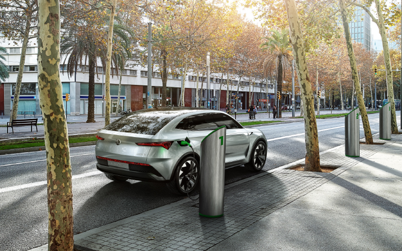 Vision-E-charging-station-city