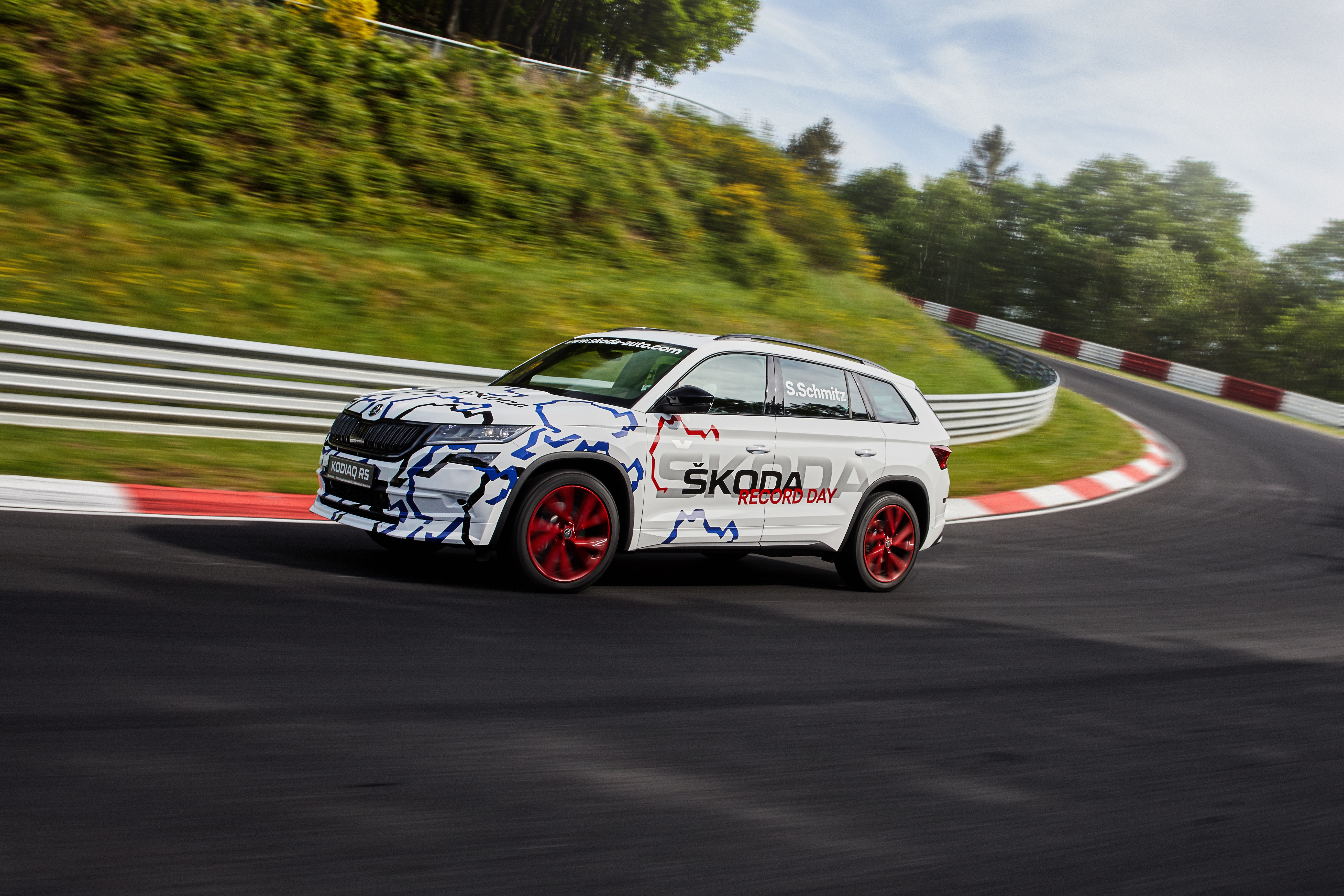 Kodiaq Rs Sets Nürburgring Record