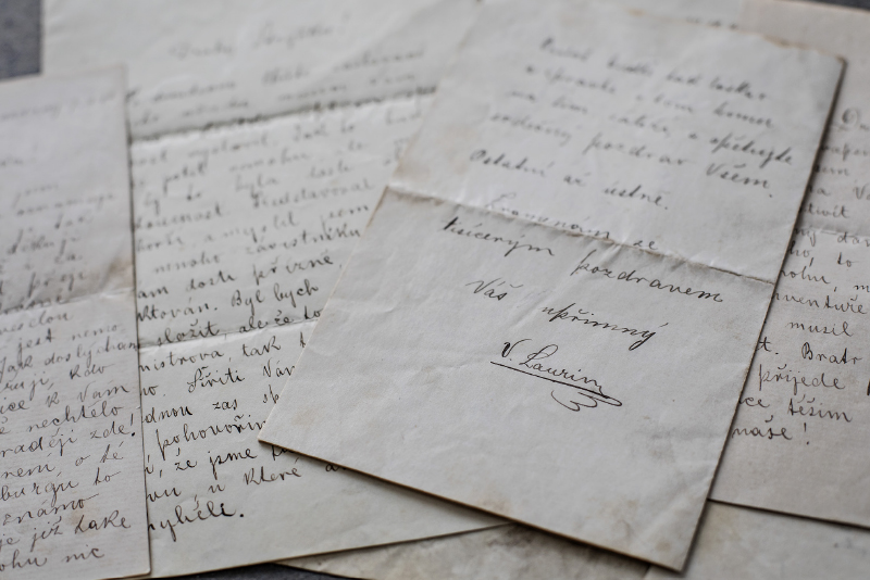 Archive-letters-Laurin