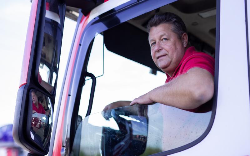 Jaroslav-Tetek-in-truck-window