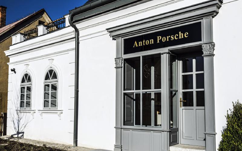 Anton-Porsche-entrance