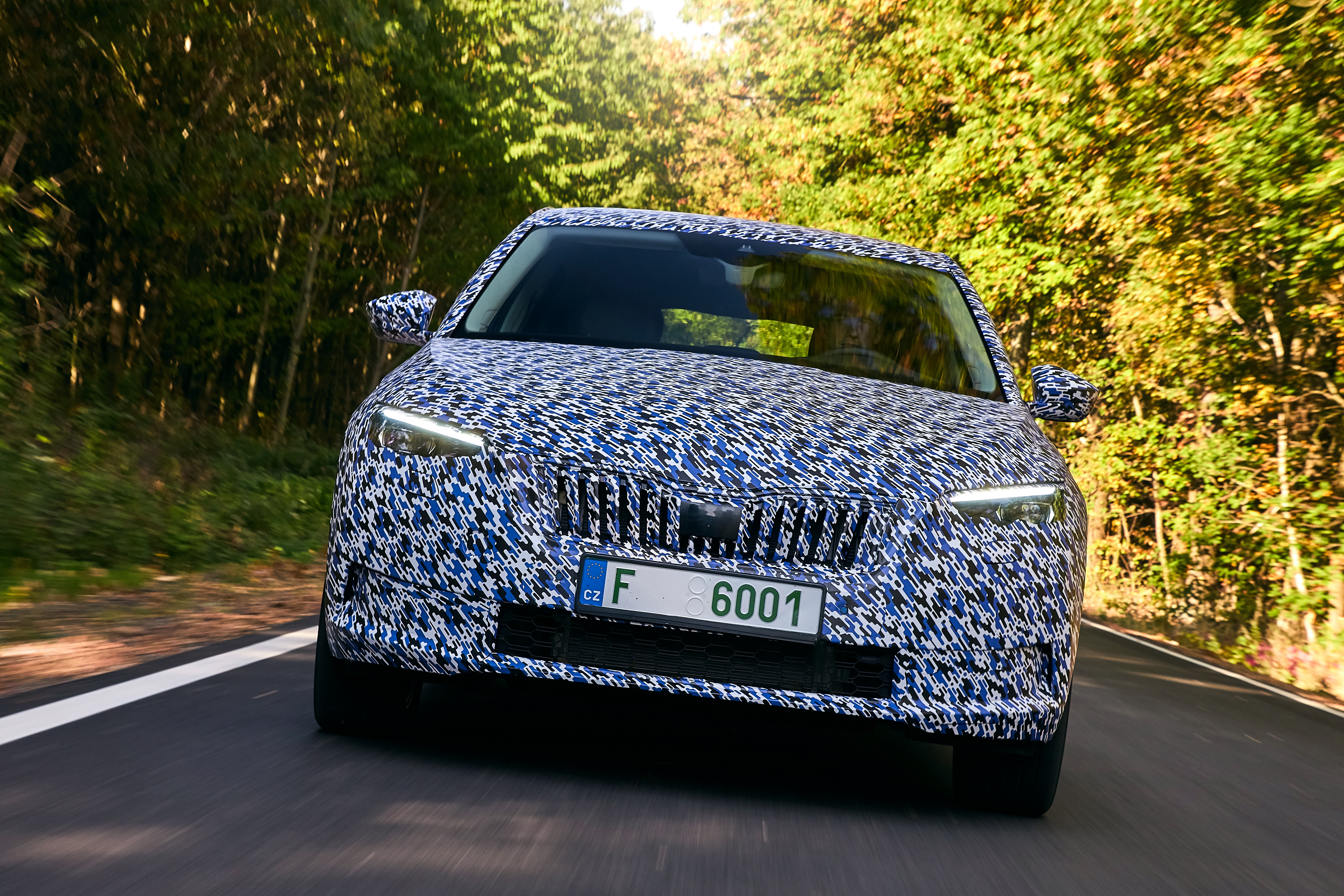 SKODA test mules: The art of camouflage - Image 1