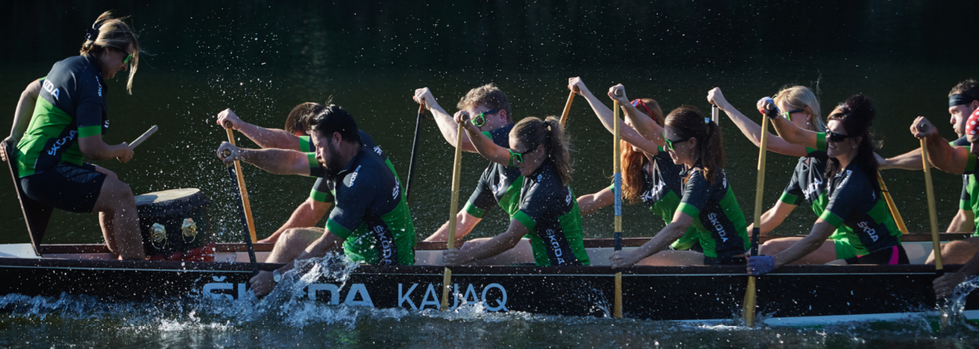 Dragon-boat-team-inside