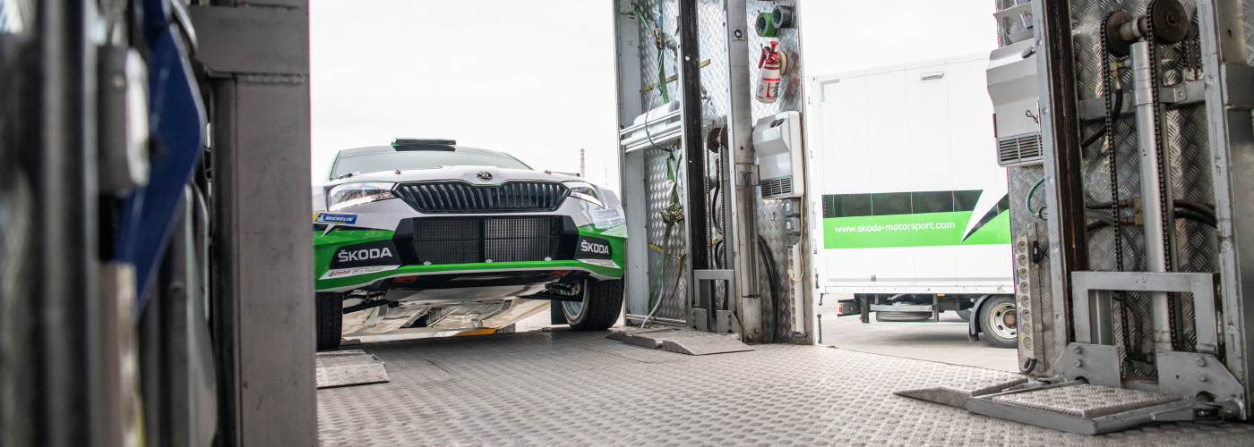 Kamion-R5-evo-loading