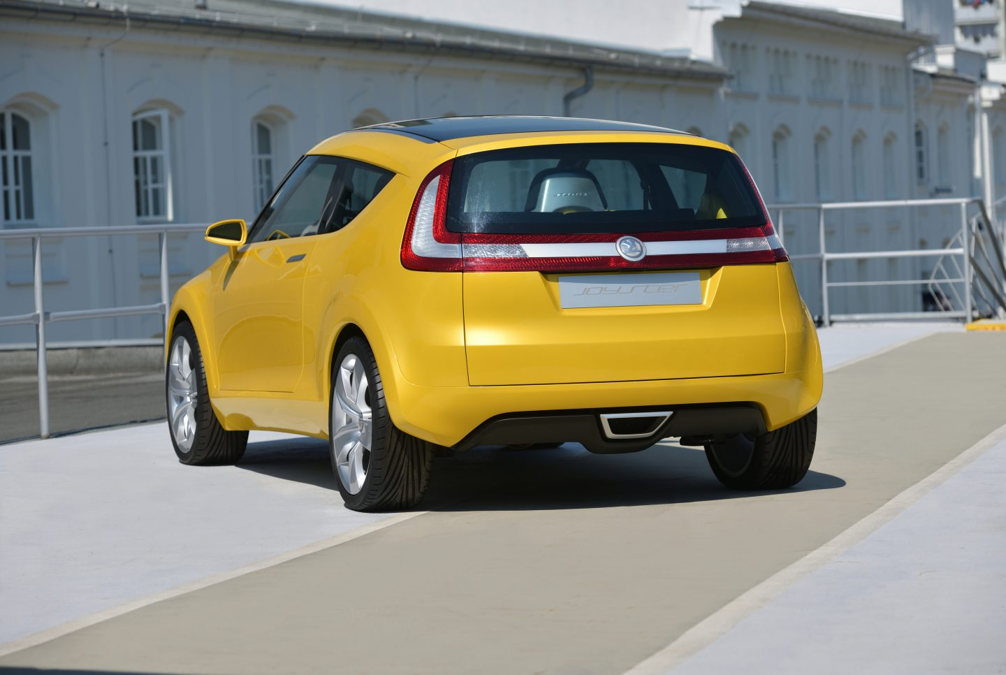 skoda-joyster-design-rear-shot-exterior