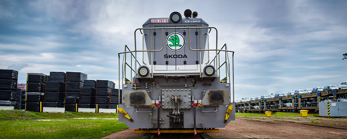 skoda-train-main-railway-mlada-boleslav-outside
