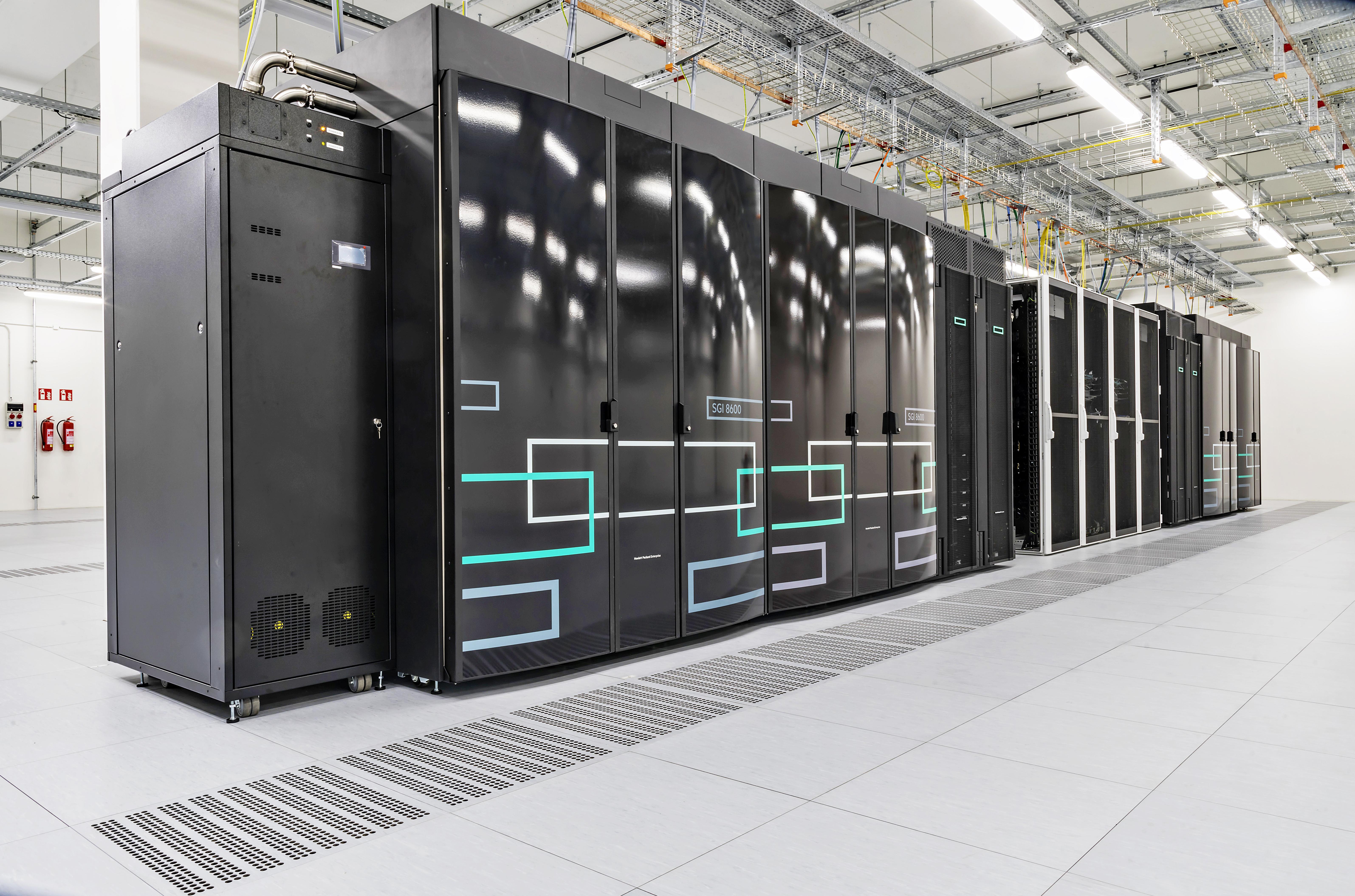 Škoda Auto,datové centrum, HPC clustery, chladící infrastruktura, superpočítač, supercomputer