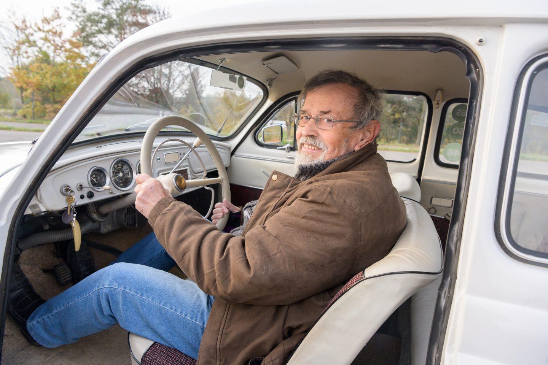 octavia-skoda-history-front-car-melichar-people-wheel