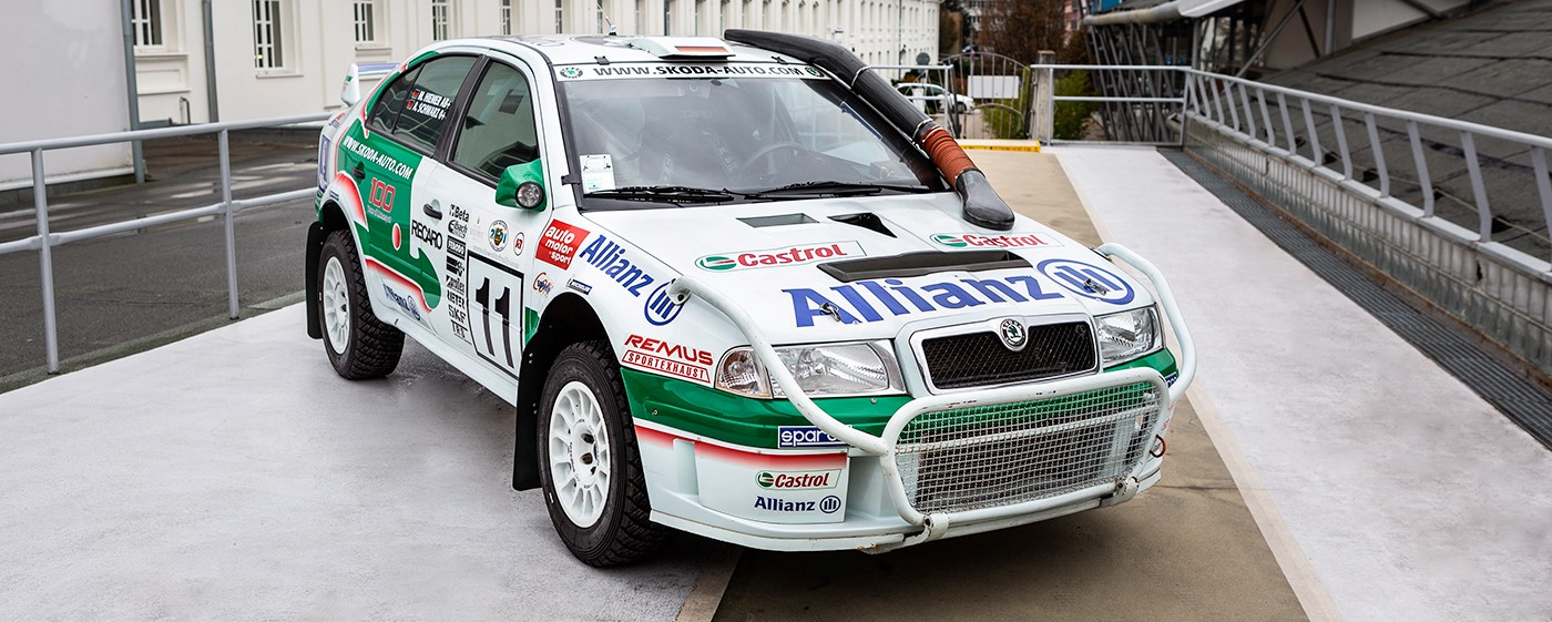 octavia-wrc-front-view-banner